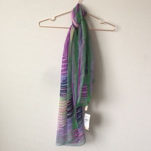 Collection 18 scarf new